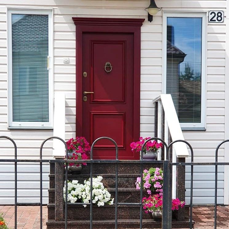 дверь входная металлическая утепленная в коттедж